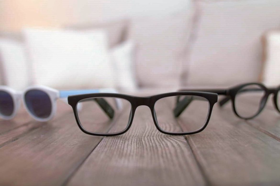 vue smart glasses