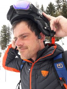 Headset skiing; The AfterShokz Trekz Air test