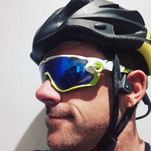 Wireless headphones cycling